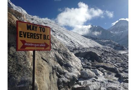 Trekking al Campo Base del Everest con ascensión al Kala Pattar
